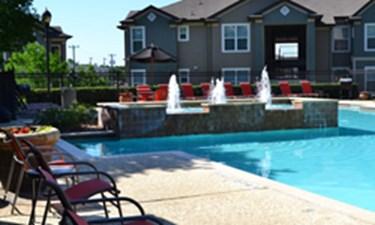 Pool at Listing #144542