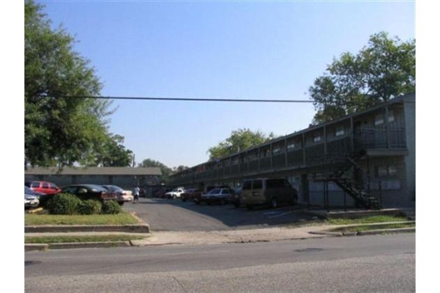 Las Brisas ApartmentsHoustonTX