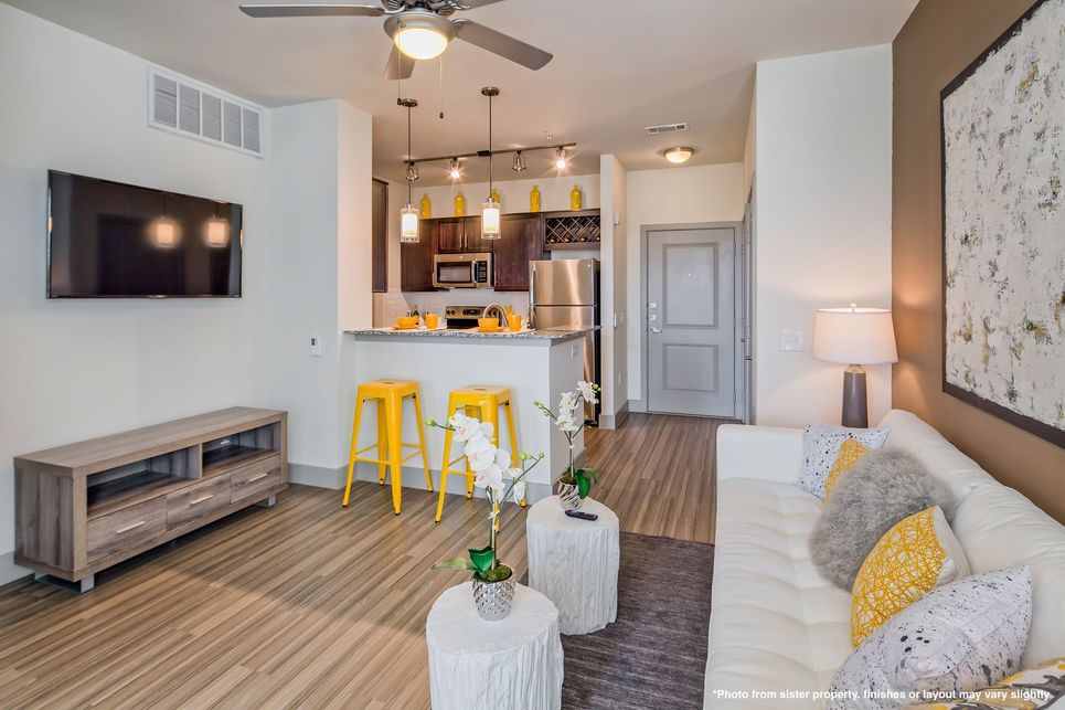 Living/Kitchen at Listing #274979