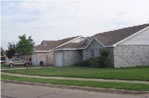 Breckenridge Village Apartments Ennis, TX