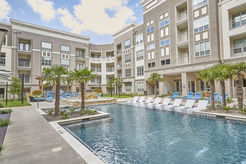 Rocklyn Apartments