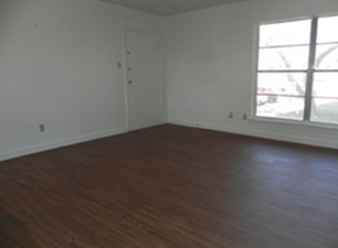 Living at Listing #136172