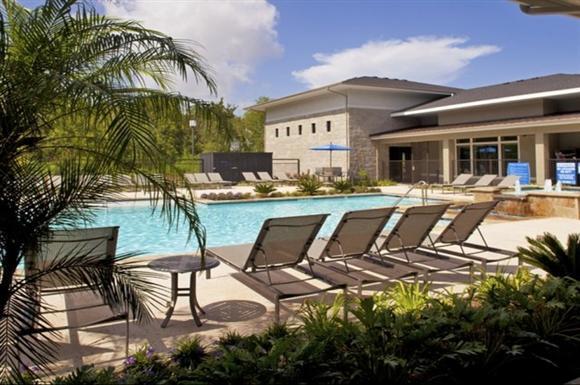 Pool at Listing #225877