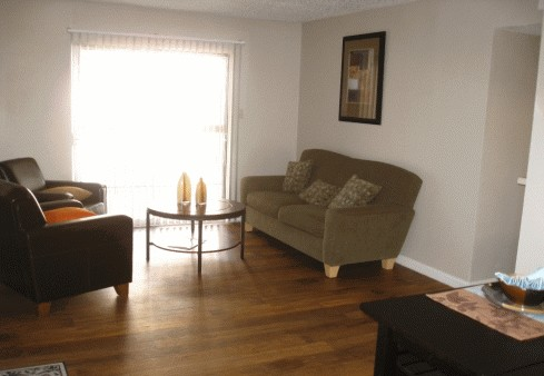 Living at Listing #140450