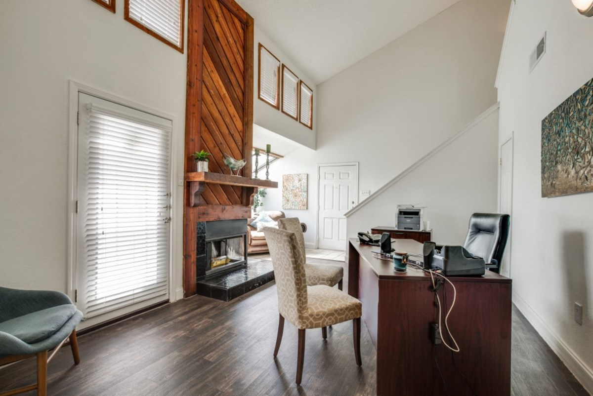 Office at Listing #136717