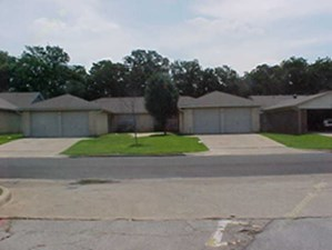 Hunter Chase Duplexes at Listing #136967