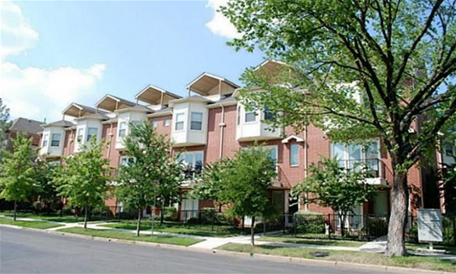 Exterior at Listing #274726