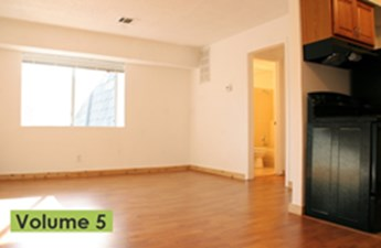 Living at Listing #236400