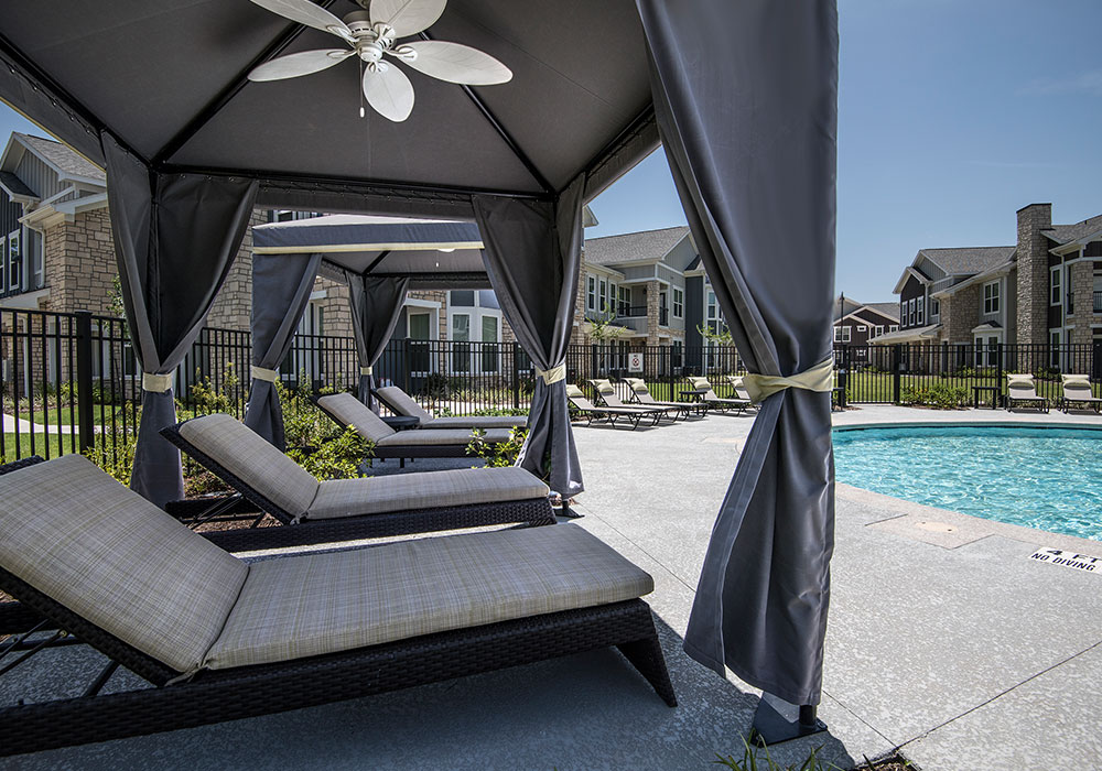 Lounge at Listing #282509