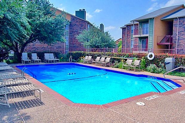 Pool at Listing #136222