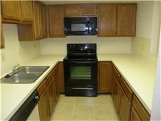 Kitchen at Listing #139010