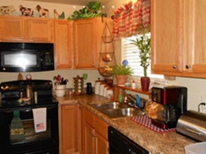Kitchen at Listing #252365