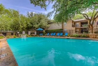 Pool at Listing #136919