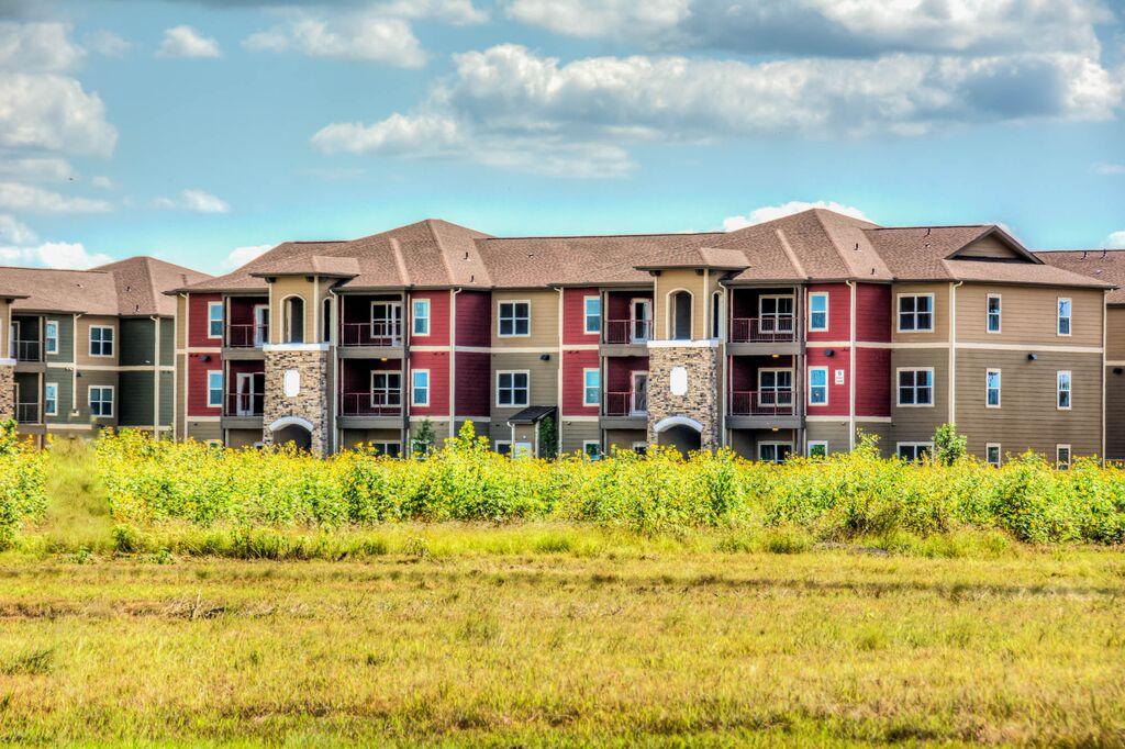Villa Espada Apartments , TX