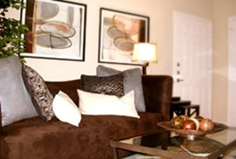 Model Living Area at Listing #144256