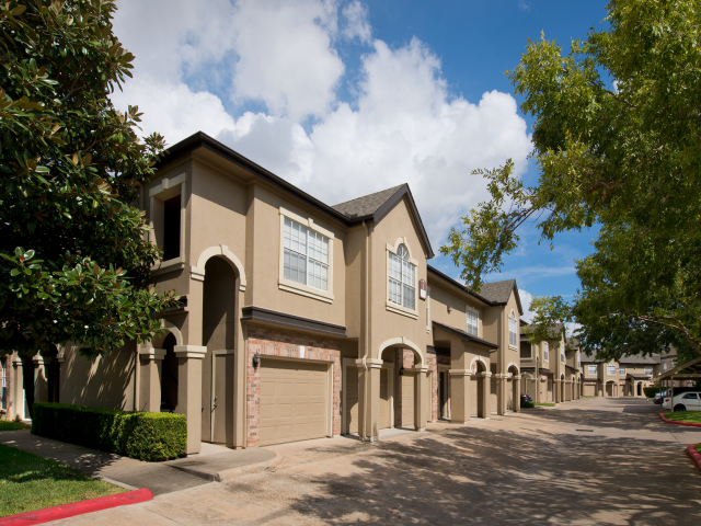 Regency at First Colony Apartments Sugar Land TX