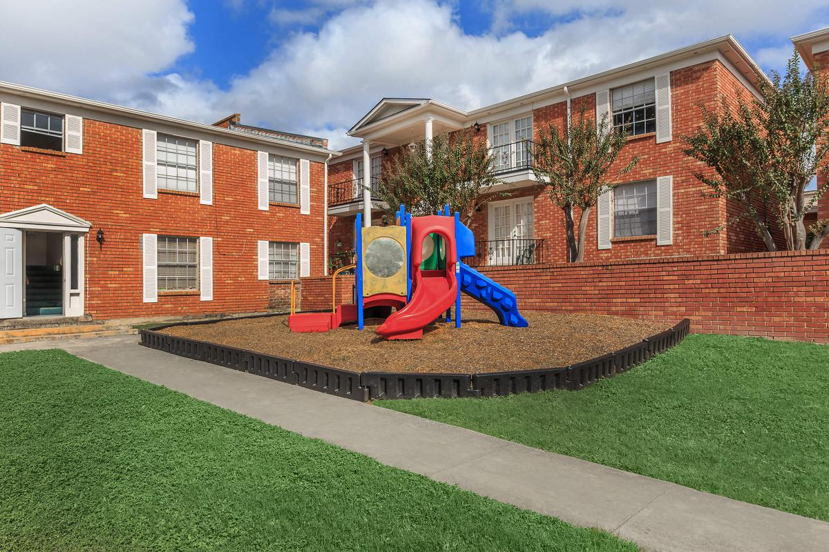 Playground at Listing #140894