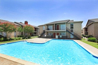 Pool at Listing #138535