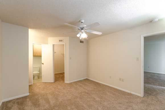 Bedroom at Listing #138349