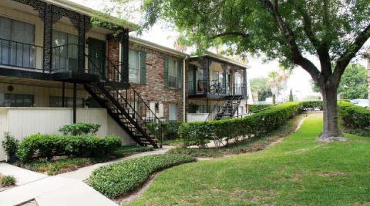 Village at Piney Point Apartments Houston TX