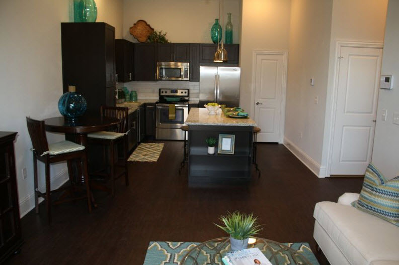 Dining/Kitchen at Listing #282006