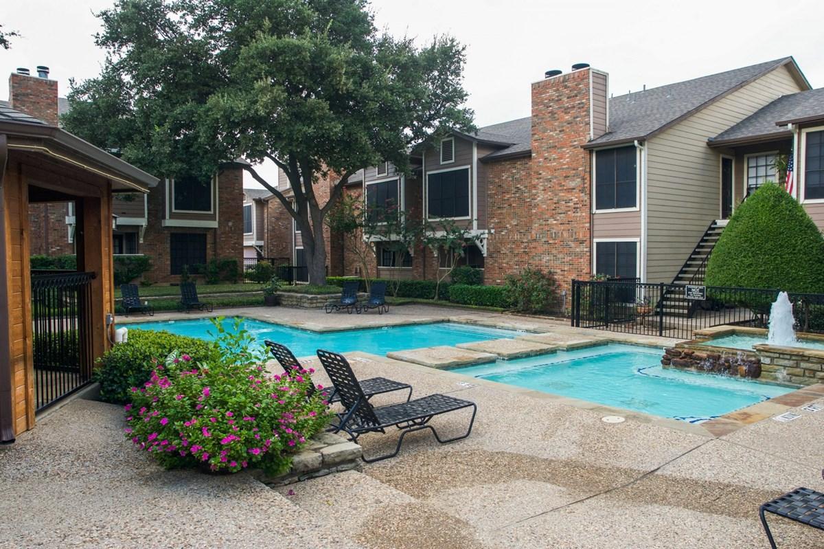 Pool at Listing #135671