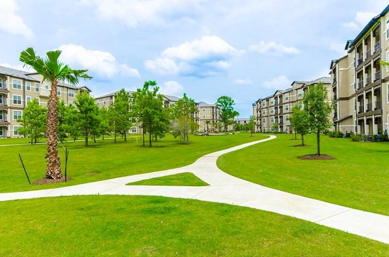 Grand Estates Woodland Apartments