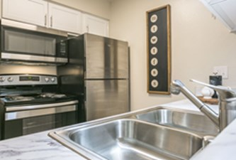 Kitchen at Listing #138301