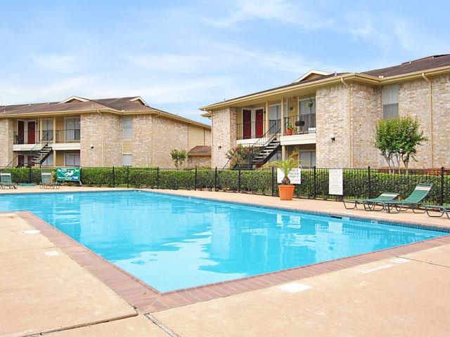 Pool at Listing #138253