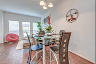 Dinning at Listing #150665