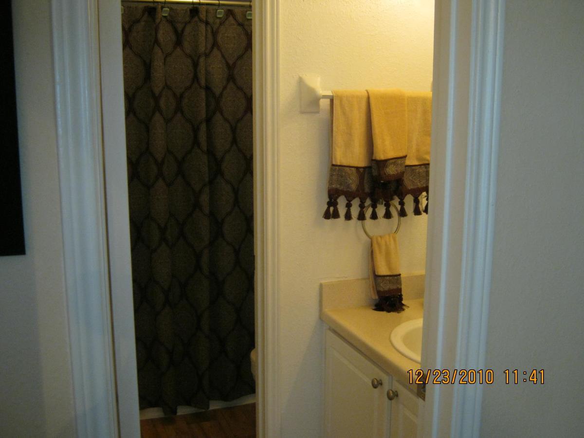 Bathroom at Listing #139907