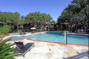 Pool at Listing #138948