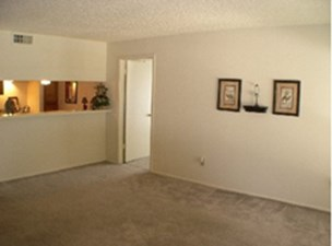 Living at Listing #139986