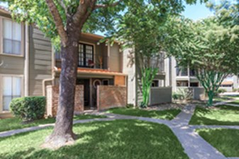 Lamonte Park Townhomes at Listing #139410