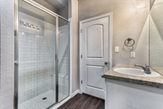 Bathroom at Listing #330263