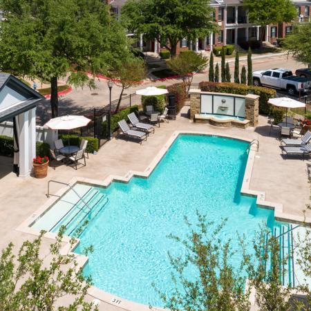 Pool at Listing #137974