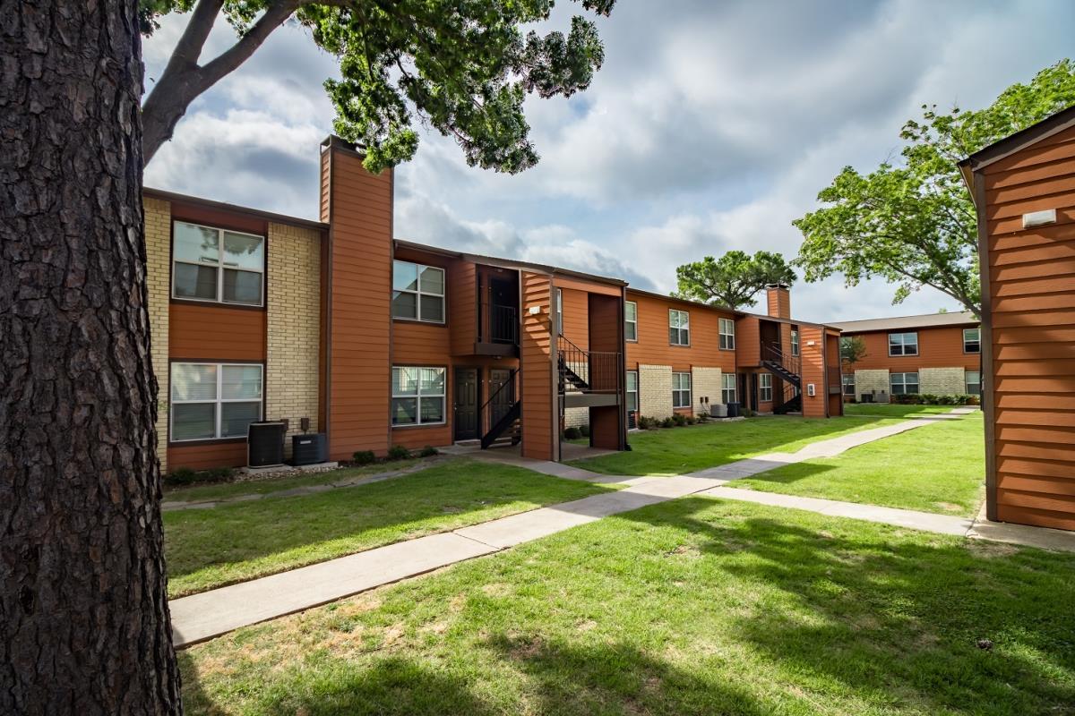 Summerwind Apartments Greenville TX
