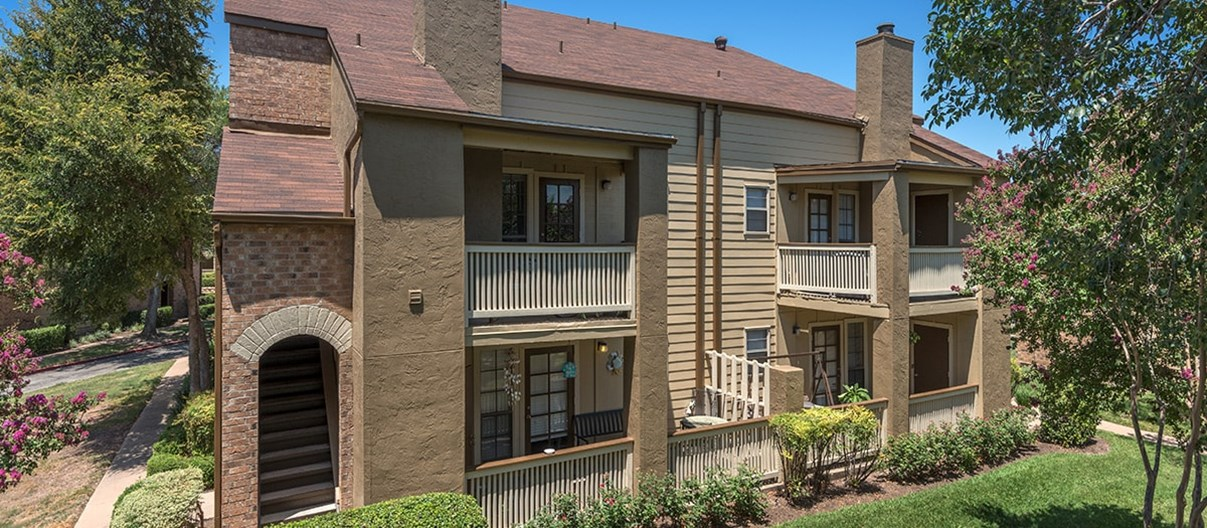 Balcones Woods Apartments