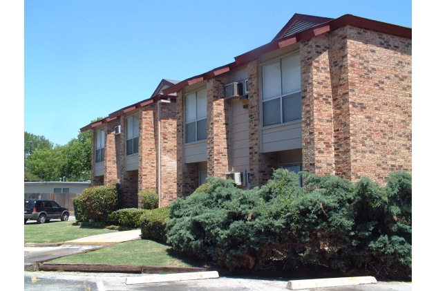 Olmos Club Apartments San Antonio TX
