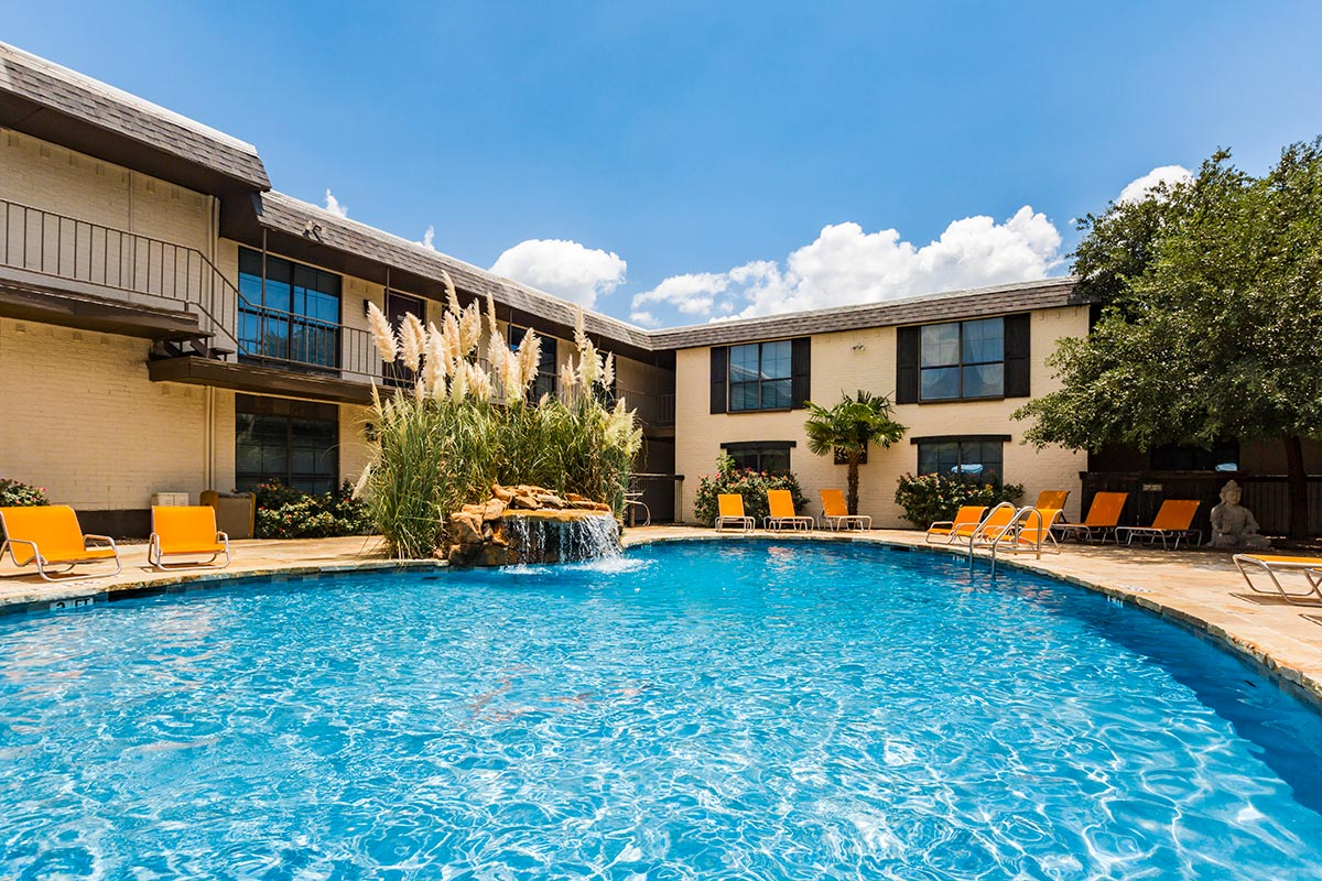 Pool at Listing #135747