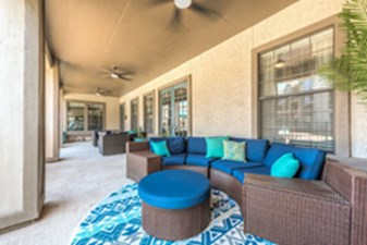 Lounge at Listing #144998