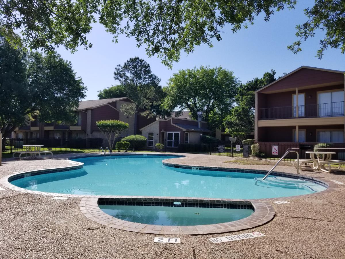 Pool at Listing #139730