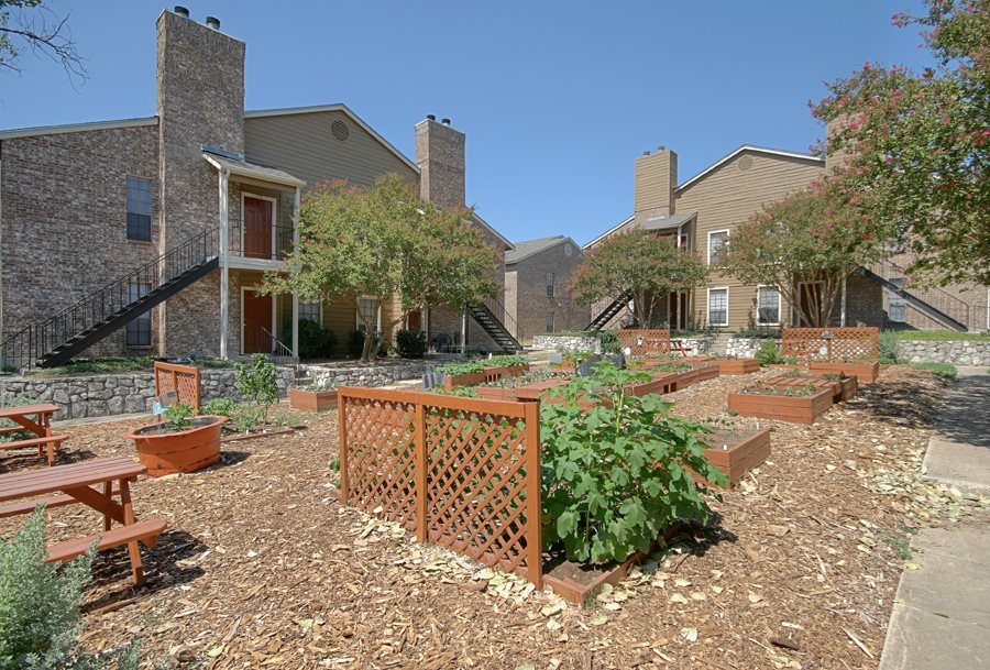 Exterior at Listing #141312
