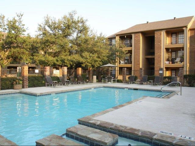Arbors of Euless Apartments