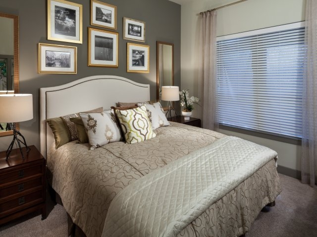 Bedroom at Listing #226775