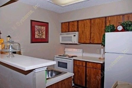 Kitchen at Listing #137527