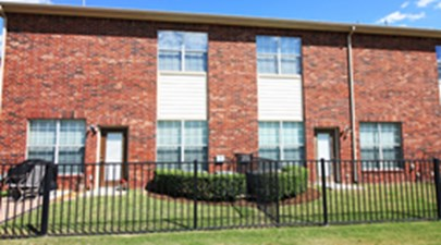 Exterior at Listing #144517