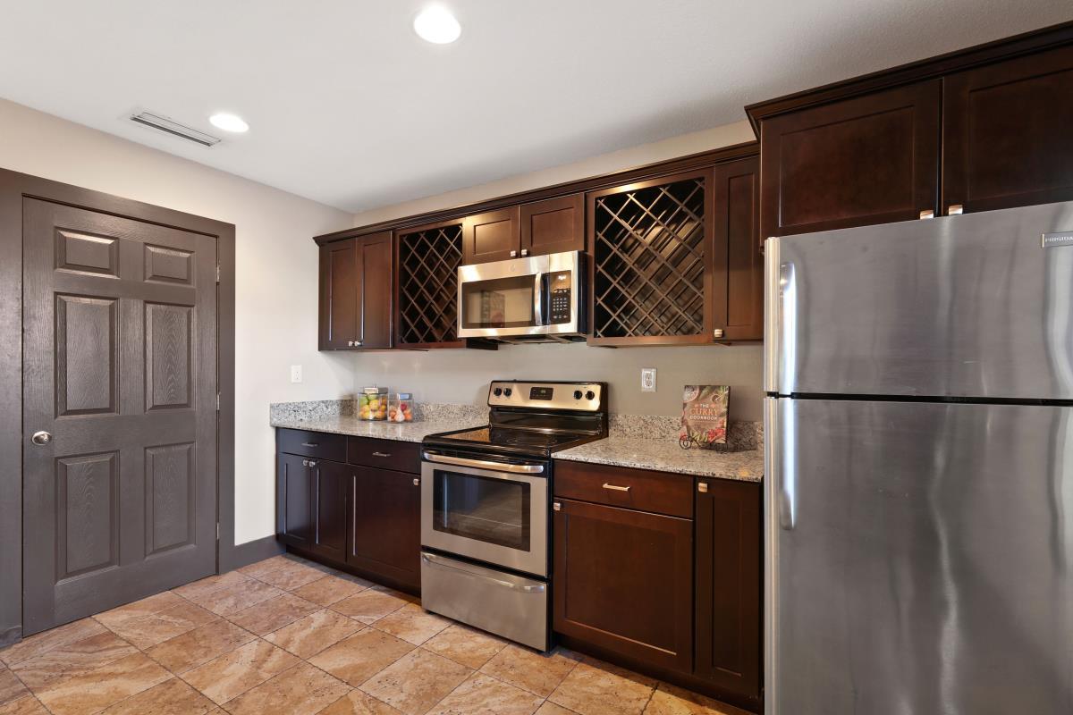 Kitchen at Listing #135974