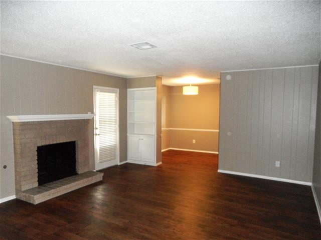 Living at Listing #141341