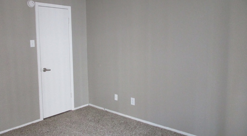 Bedroom at Listing #135644